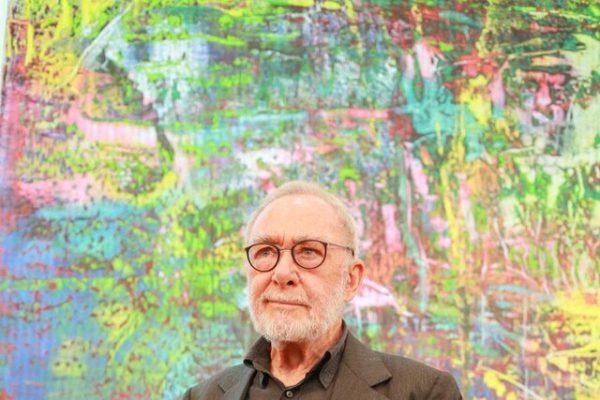 با یکی از گرانترین نقاشان زنده جهان آشنا شوید